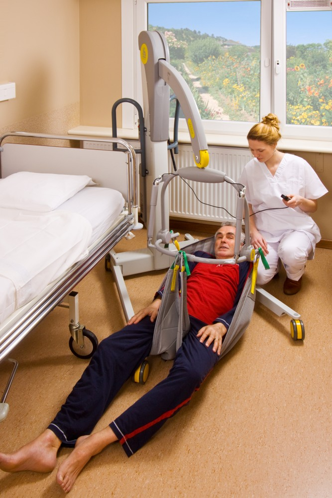 Handi-Move  - Lève-personne mobile 2600 (Victor) , Lève-personne avec fléau basculant 2610 (Victor) , Le fléau basculant électrique